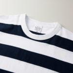 5.6オンスボーダーTシャツ(ネイビー/ホワイト 5.0cmピッチ)の襟元