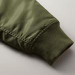 タイプMA-1の中綿入ジャケット(OD)の袖の画像