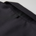 T/C生地のオープンカラーロングスリーブシャツ(ブラック)の背面の襟画像