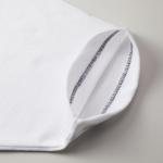 6.0オンス生地のオープンエンドヘヴィーウェイトTシャツの袖の拡大画像(ホワイト)