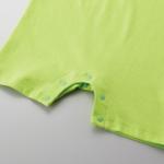 5.6オンス生地のベイビーロンパース(ライムグリーン)の裾画像